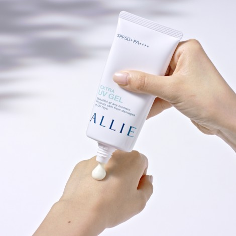 Kanebo Allie Next generation UV Gel
