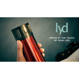 Lyd - Opens at the touch of your lips