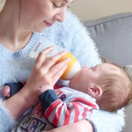 yoomi Feeding System - Self-Warming Bottle