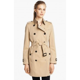 Burberry London  Buckingham Trench