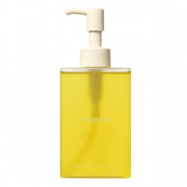THREE Balancing Cleansing Oil